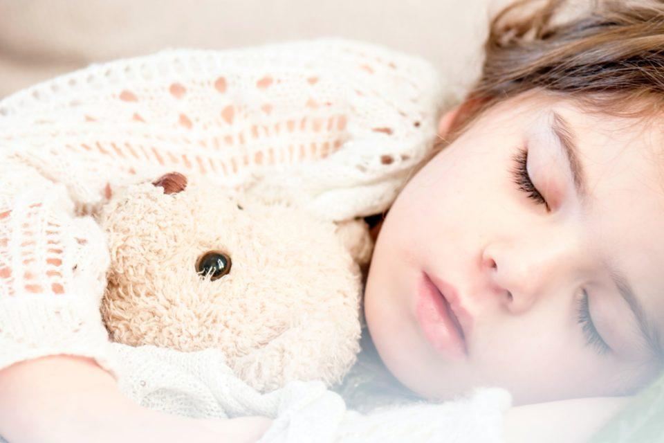 Comment parler du coronavirus avec les enfants, ou de tout sujet difficile ?